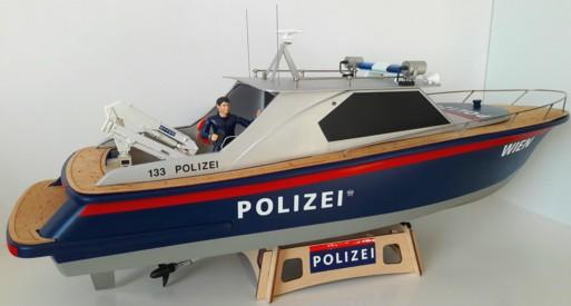 Polizei-Boot